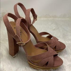 Qupid Mauve open toe strapped pumps size 10